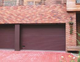 Sekční vrata garážová Mělník